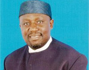 Gov Okorocha Decries Pull-Him-Down Syndrome Amongst Igbo People