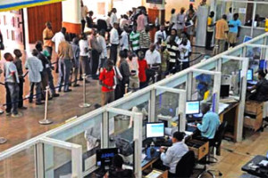 37 Percent Of Nigerians Don't Use Bank, CBN Reveals