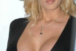 Stormy Daniels, Porn Star Sues President Trump For Defamation