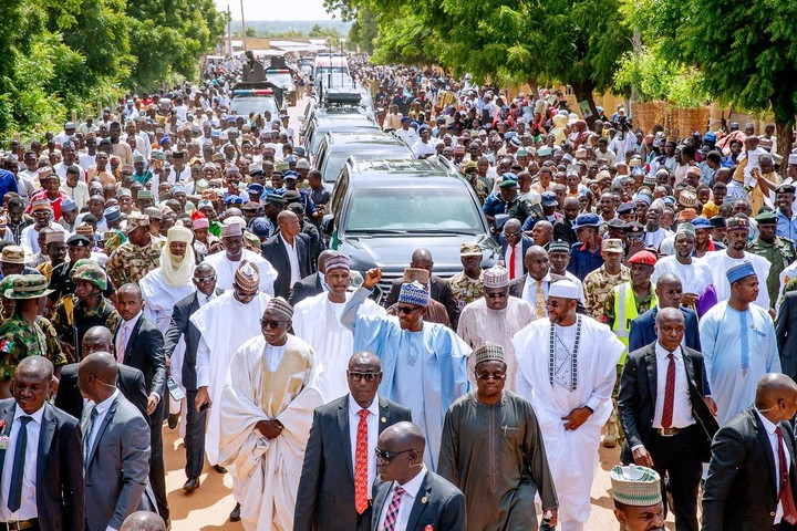 Buhari Treks 800 Metres After Eid El-Kabir Prayer In Daura